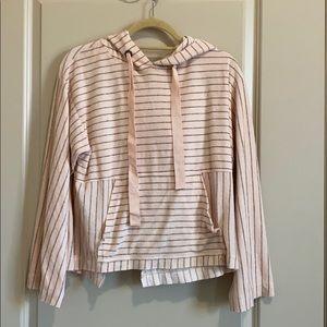 Cloth and Stone sweatshirt pink